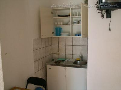 Studio apartment HERCEG II, Baška Voda, Croatia - photo 4