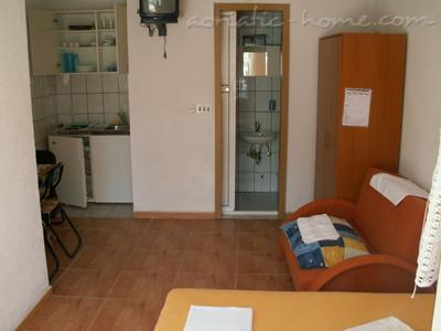 Studio apartment HERCEG II, Baška Voda, Croatia - photo 5