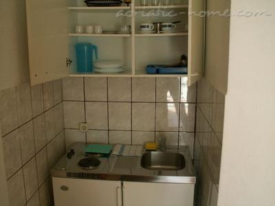 Studio apartment HERCEG III, Baška Voda, Croatia - photo 3