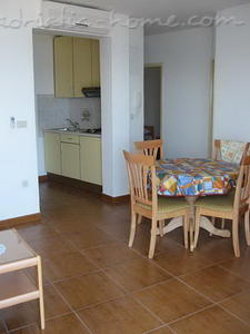 Apartments IVAN II, Podgora, Croatia - photo 4