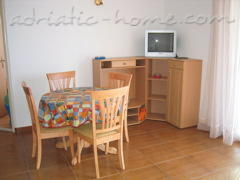 Apartments IVAN II, Podgora, Croatia - photo 3