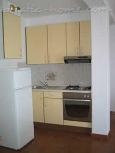 Apartments IVAN III, Podgora, Croatia - photo 5