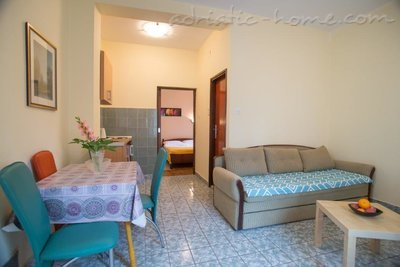 Apartments Boskovic for 4 pax, Budva, Montenegro - photo 3