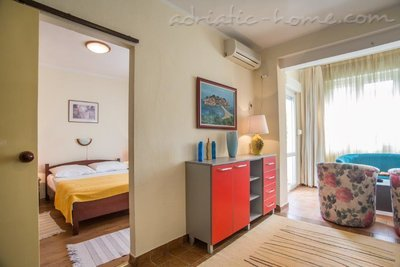 Apartments Boskovic for 3 persons, Budva, Montenegro - photo 2
