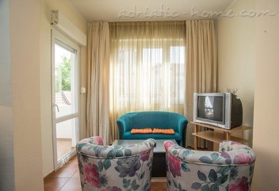 Apartments Boskovic for 3 persons, Budva, Montenegro - photo 3
