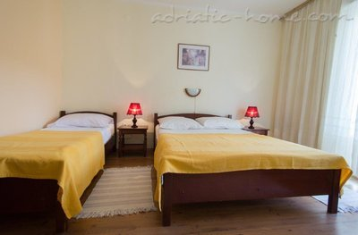 Apartments Boskovic for 3 persons, Budva, Montenegro - photo 4
