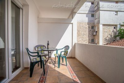 Apartments Boskovic for 3 persons, Budva, Montenegro - photo 5