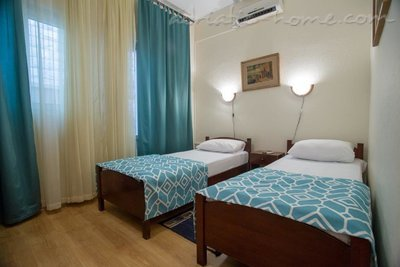 Apartmaji Boskovic- Mini House for 4 persons, Budva, Črna Gora - fotografija 6