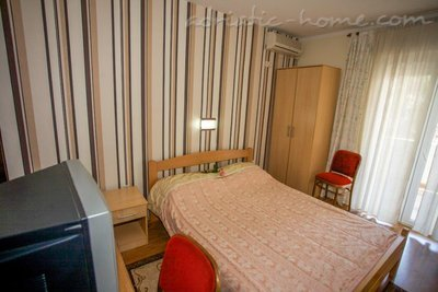 Rooms Boskovic, Budva, Montenegro - photo 5