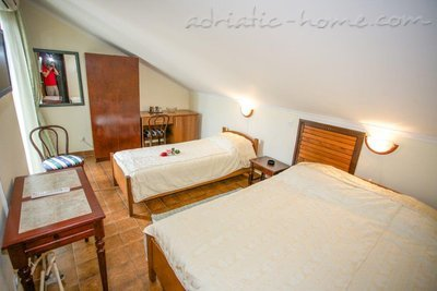 Rooms Boskovic, Budva, Montenegro - photo 14