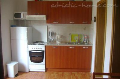 Apartment KELAVA III, Bra, Croatia - photo 3