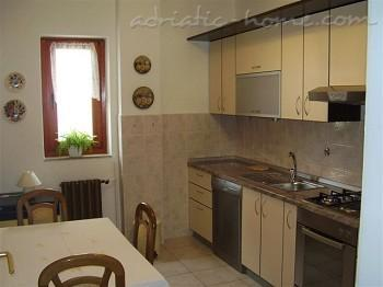 Apartments ANKA, Sv. Filip i Jakov, Croatia - photo 4