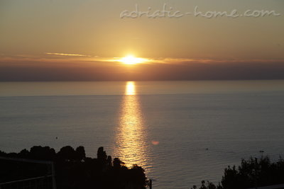 Rooms ADRIATIC, Ulcinj, Montenegro - photo 1