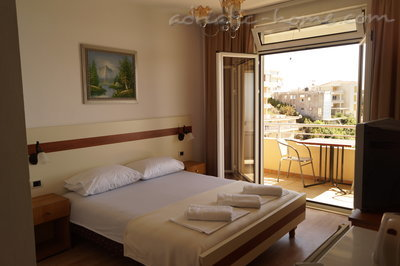 Rooms ADRIATIC, Ulcinj, Montenegro - photo 4