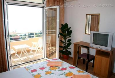 Apartments ADRIATIC II, Ulcinj, Montenegro - photo 6
