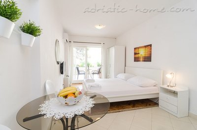Studio apartment ARIVA II, Dubrovnik, Croatia - photo 2