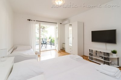 Studio apartment ARIVA III, Dubrovnik, Croatia - photo 9
