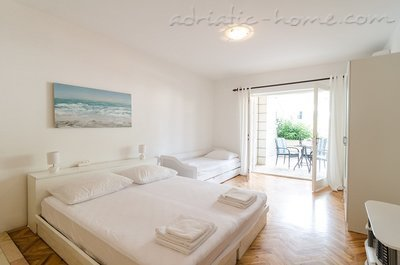 Studio apartment ARIVA III, Dubrovnik, Croatia - photo 10