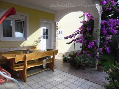 Apartments VESNA - A6, Vodice, Croatia - photo 3
