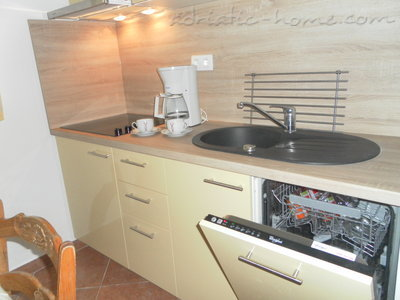 Apartments VESNA - A6, Vodice, Croatia - photo 6