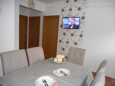 Apartments VESNA - A6, Vodice, Croatia - photo 7