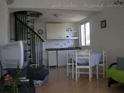 Apartment ROSOHOTNICA IV, Hvar, Croatia - photo 5