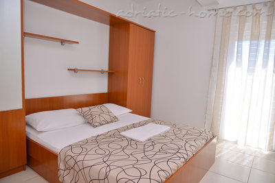 Apartments MILKA III, Pag, Croatia - photo 3