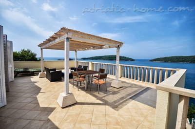 Apartments VILLA MARINA III, Molunat (Konavle), Croatia - photo 1