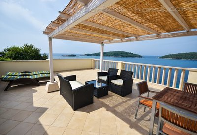 Apartments VILLA MARINA III, Molunat (Konavle), Croatia - photo 2