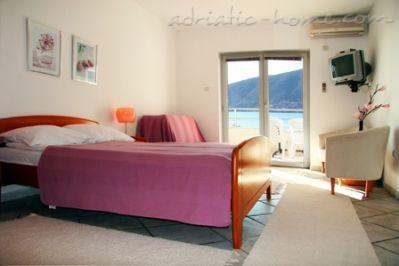 Studio apartment APARTHOTEL KUKOLJAC II, Herceg Novi, Montenegro - photo 6