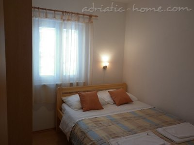 Apartments VILLA ZEFERINA , Vodice, Croatia - photo 5