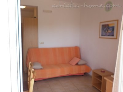 Apartments VILLA ZEFERINA III, Vodice, Croatia - photo 3