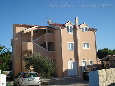 Apartments VILLA ZEFERINA IV, Vodice, Croatia - photo 8