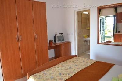 Apartment BULUM III, Hvar, Croatia - photo 5
