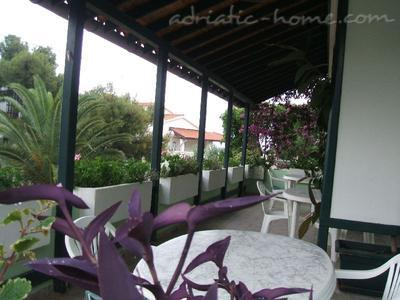 Apartment BULUM III, Hvar, Croatia - photo 6