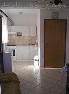 Apartment VITKOVIĆ III, Cres, Croatia - photo 4