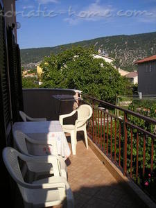 Apartment VITKOVIĆ III, Cres, Croatia - photo 2