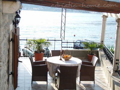 Apartments VILLA SERVENTI III, Tivat, Montenegro - photo 1