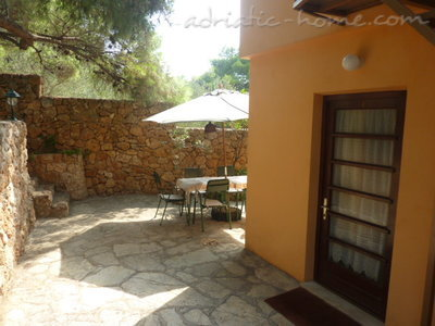 Apartments MIRA IV, Hvar, Croatia - photo 2