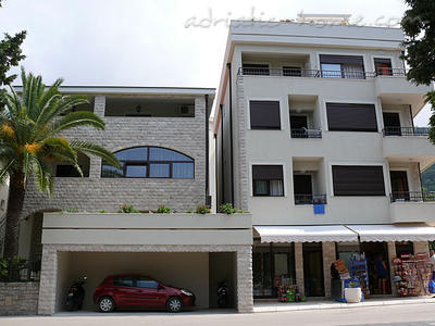 Studio apartment VILLA AZUR, Petrovac, Montenegro - photo 1