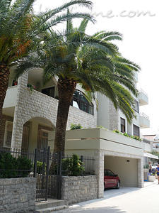 Studio apartment VILLA AZUR, Petrovac, Montenegro - photo 2