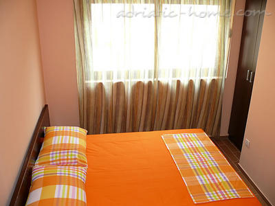 Studio apartment VILLA AZUR, Petrovac, Montenegro - photo 8