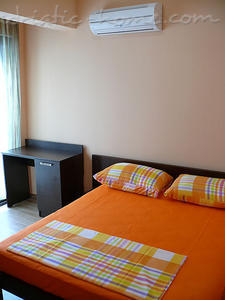 Studio apartment VILLA AZUR, Petrovac, Montenegro - photo 9