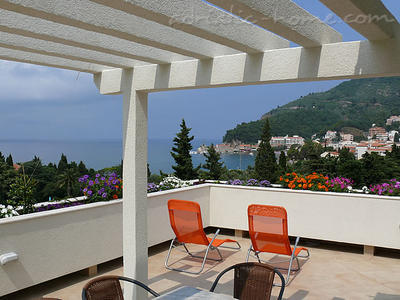 Studio apartment VILLA AZUR II, Petrovac, Montenegro - photo 1