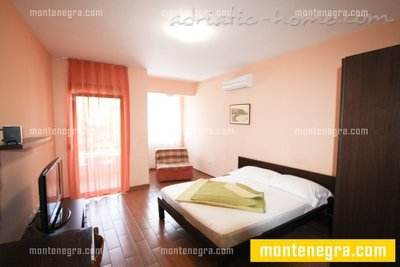 Studio apartment VILLA AZUR II, Petrovac, Montenegro - photo 9