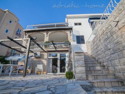 Studio apartment VILLA MONA , Sveti Stefan, Montenegro - photo 9