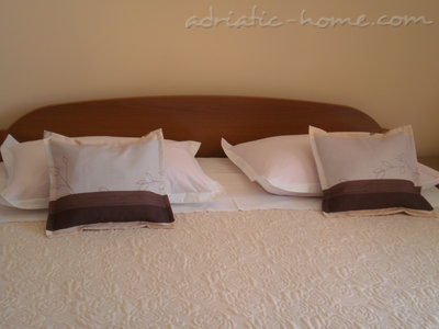 Studio apartment MARIJA III, Brela, Croatia - photo 3