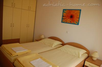 Apartments SUNCE, Hvar, Croatia - photo 8