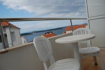 Apartments SUNCE, Hvar, Croatia - photo 3