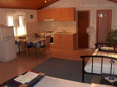 Studio apartment MARJANA, Hvar, Croatia - photo 5